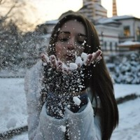 fashion, girl, photography, snow, winter - inspiring picture on Favim.com