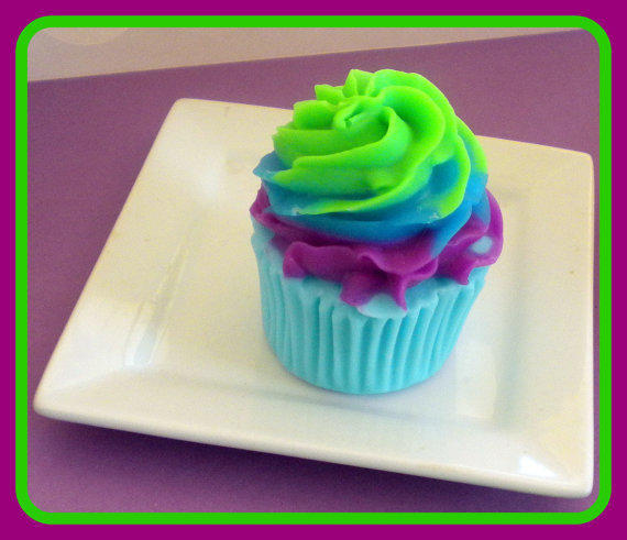 Cupcake Soap - You Choose Scent | Luulla