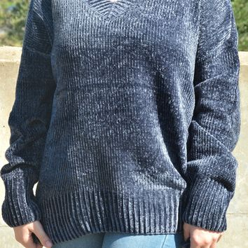 Believe In Beauty Sweater - Navy
