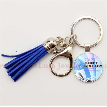 """Tassel Keychain Jehovah's Witnesses Pendant Keychain """"2017 Do Not Give Up """"Glass Photo Cabochon Key Chain JW Org Sleutelhanger"""
