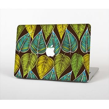 "The Gold & Yellow Seamless Leaves Illustration Skin Set for the Apple MacBook Pro 13"" with Retina Display"
