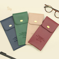 Bookaholic pocket pencil case