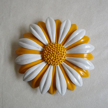 Vintage Enamel 70s Flower Brooch Yellow White 1970s Gerbera Daisy Pin