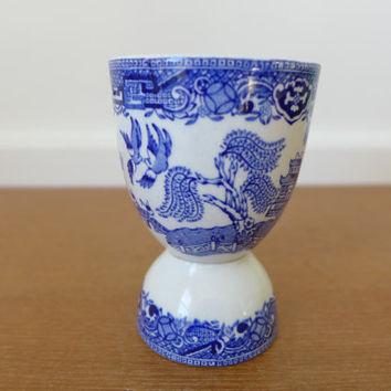 Blue Willow egg cup made in Great Britain