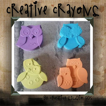 ADORABLE OWLS | shaped crayons | party favors | birthday | baby shower