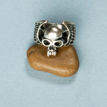 Vampire mens ring, carved fangs, vampire, skull, evil skull ring