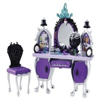 Ever After High Raven Queen Dorm Room