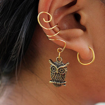 Gold or Silver Owl Ear Cuff by EnamourEntirety on Etsy