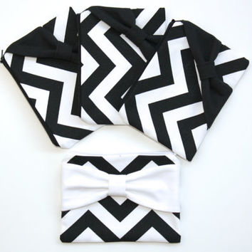 Bridesmaid Gift Set / Bachelorette Favors - Black and White Chevron with Bows - Customizable Cosmetic Cases - Choose Quantity and Bow Style