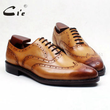 Round wingtips medallion patina brown 100% genuine calf leather men shoe