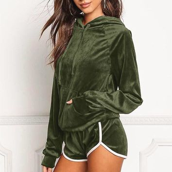Autumn and winter new fashion leisure women's hooded sports suit Green