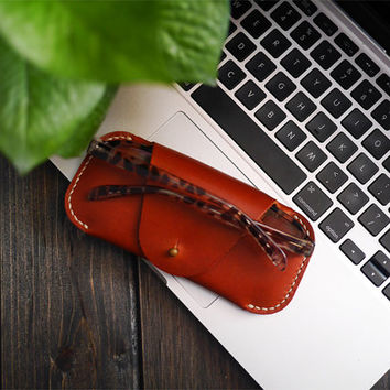 Slim Leather Glasses Case Holder , Genuine Leather Sunglasses Case Holder , Unique Leather Glasses & Sunglasses Case for Men, Women , Gift