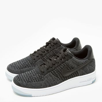 Nike / AF1 Flyknit Low in Black