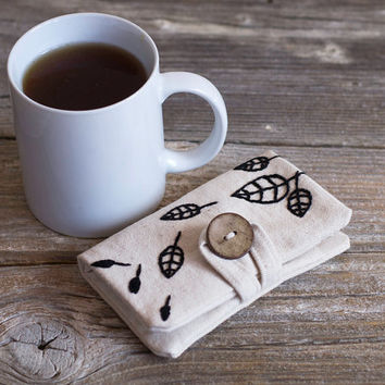 Natural White Cotton Tea Wallet with Hand Embroidered Leaves in Black, Nature Inspired Tea Holder, Gift for Tea Lover