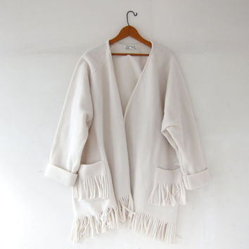 Vintage oversized fleece coat. White fringed Jacket. Kimono jacket. Blanket coat.