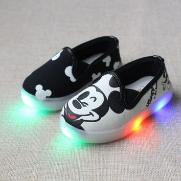 2016 Autumn Children Cartoon Casual Shoes Baby Boys Girls LED Light Canvas Shoes Printing Kids Outdoor Sneakers Student Shoes