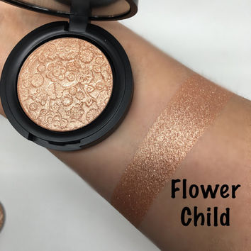 Flower Child Pressed Highlighter Face & Eye Highlight Powder