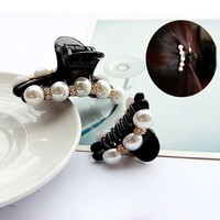 DCCKU62 New Design 1 Pc Women Girl Fashion 2017 Black Crystal Pearl Rhinestone Hair Clip Claw Hair Jewelry