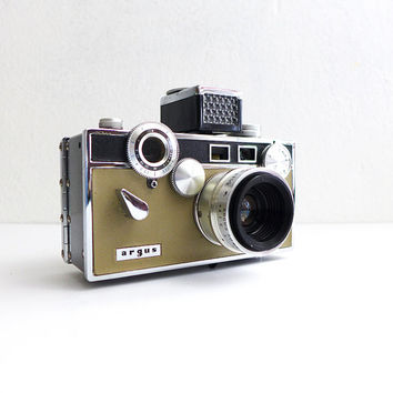 Vintage Camera, Argus C3, Film Camera, Vintage Photography, Old Camera, Retro Prop 1950s Camera, Argus Brick 50s Camera Match Matic