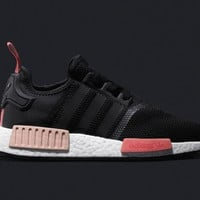 Adidas NMD R1 Women Originals runner sneakers black/peach