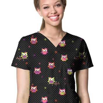 Zoe + Chloe Whoo Loves Me v-neck print scrub top | Scrubs & Beyond