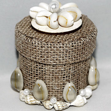 Jute Trinket Box with Shell Decoration