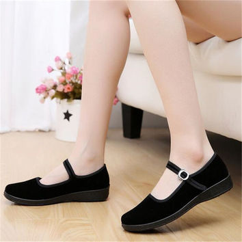 2017 Mary Janes Ladies Flats Buckle Strap Comfortable Women Shoe