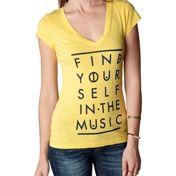 True Religion Find Yourself In The Music Vneck Womens T-shirt - Cocoon