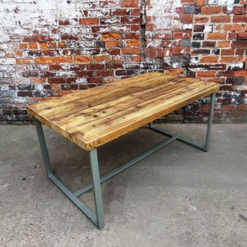 Reclaimed Industrial Chic 6-8 Seater Indoor or Outdoor Solid Wood and Green Metal Frame Dining Table.Bar Cafe Restaurant Furniture Steel