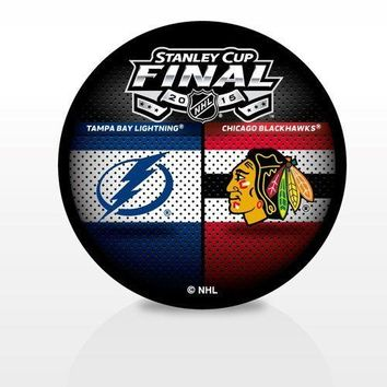 2015 NHL Stanley Cup Dueling Hockey Puck Chicago Blackhawks vs. Tampa Bay Lightning