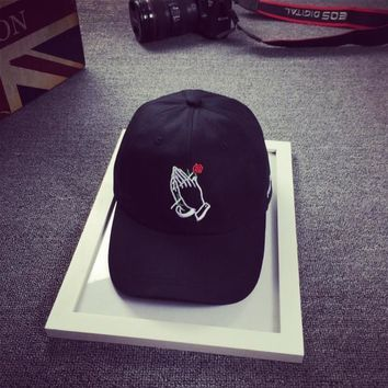 AUGUAU praying hands with rose snapback