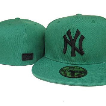 ESBON New York Yankees New Era MLB Authentic Collection 59FIFTY Cap Camouflage-White