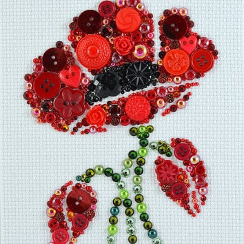 Button Art - Poppy in Bloom. #buttonart #art #handmade #homedecor #poppies