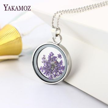 2017 Fashion Women Round Glass Dried Flowers Pendant Necklaces Floating Locket Necklaces Long Chain Best Friend Necklaces