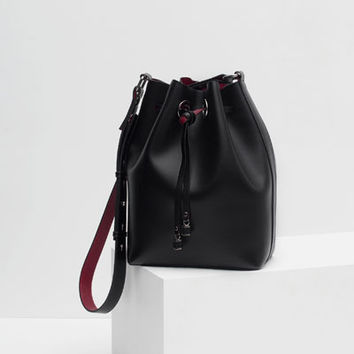 BUCKET BAG WITH DETAILS