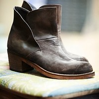 Womens Brooks Ankle Boot