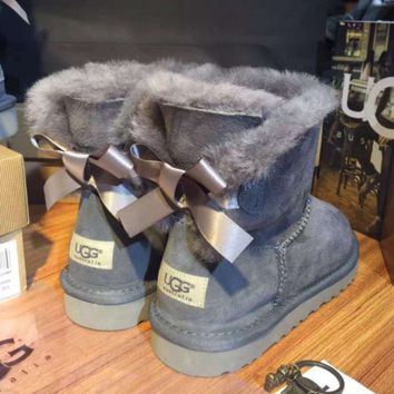 """UGG"" Women male Fashion Wool Snow Boots A bowknot Grey"