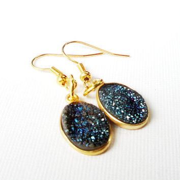 Midnight Blue Faux Druzy Earrings, Navy Blue Oval Drusy Quartz on Gold Framed  Earrings,  Druzzy Agate  Gold Dangle