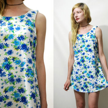 90s Vintage MINI DRESS Floral Blue White Daisy Tank Cub Kid Grunge Boho Bohemian Shift 1990s vtg S