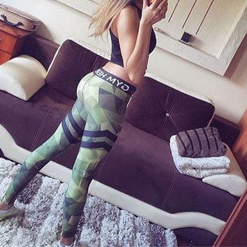 Camouflage Striped Print Fitness Legging