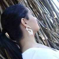 Fake Gauge 'New Life' Natural White Bone Split Gauge Earrings Flowing   Cheater Tribal