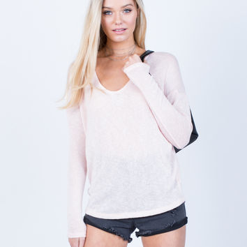 Lightweight L/S Knit Top