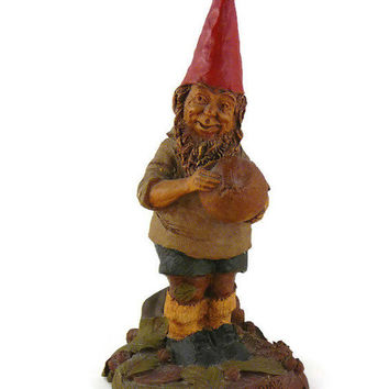 "Vintage, Tom Clark, Retired ""Fielding"", Handcrafted, Gnome Figurine, By Cairns Studio"