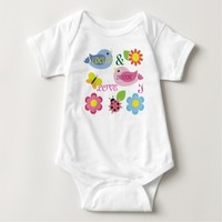 I LOVE MOM AND DAD BABY BODYSUIT