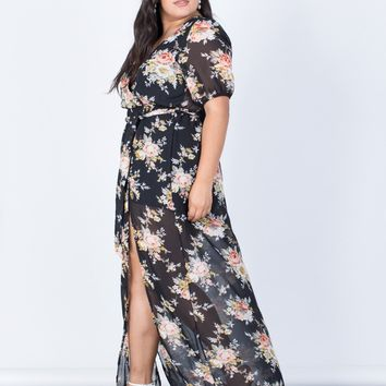 Plus Size Floral Paradise Dress