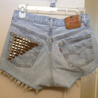 High Waisted Levis with Studded Pocket