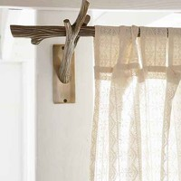 4040 Locust Branch Curtain Rod