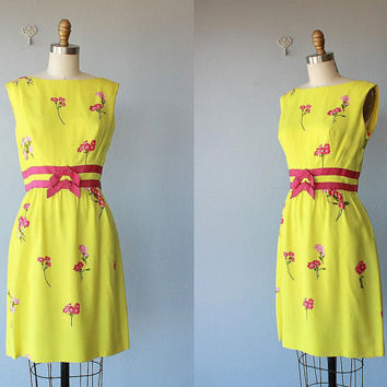 60s dress / 1960s sheath dress / linen dress / party dress / floral dress - medium , small