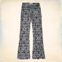 Picnic Beach Knit Flare Pants