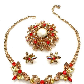 BIG Flash Sale Weiss Demi Parure, Necklace Brooch and Earrings Set, Topaz, Jonquil, and Brilliant Coral Rhinestones, Brooch Faux Pearl, Desi